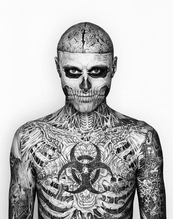 Zombie Boy El Humano Transformado Por Los Tatuajes Pasmo Eléctrico