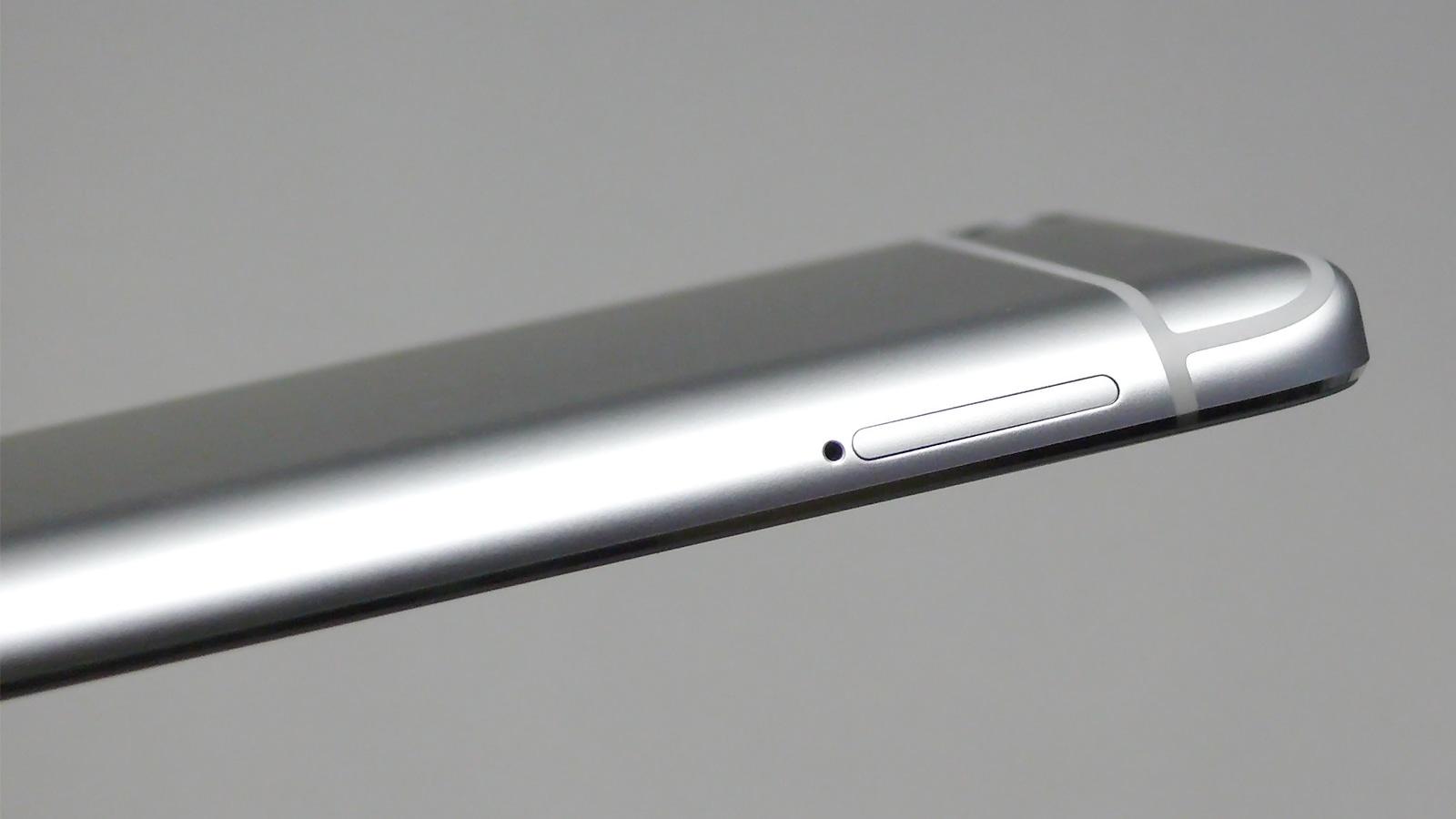 Xiaomi Mi5s 左側面 SIMトレイ