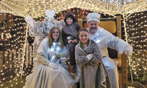 Snow King & Queen Preside  Over Paso Holiday Events