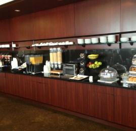 Sala VIP United Club – Aeroporto de Newark (EWR) e Overbooking