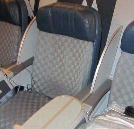 Classe Executiva da American Airlines – Boeing 777-200 – Beijing pra Chicago