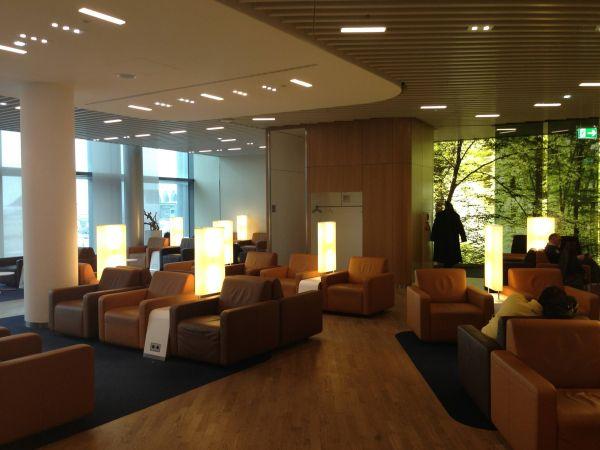 Lufthana Senator Lounge
