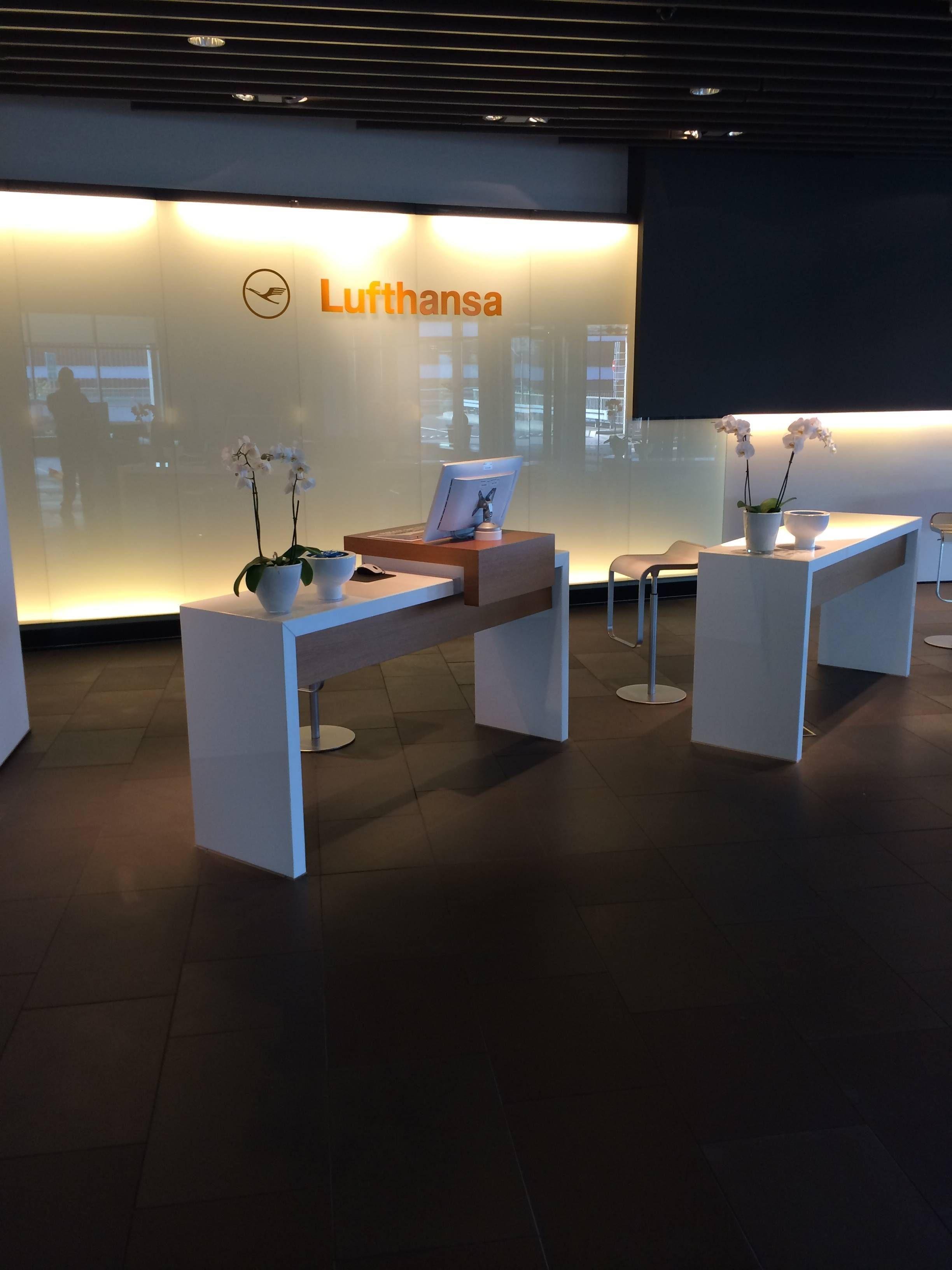 Lufthansa First Class Terminal - Passageirodeprimeira