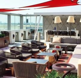 Sala VIP Sky Club da Delta no Aeroporto de Nova York (JFK)