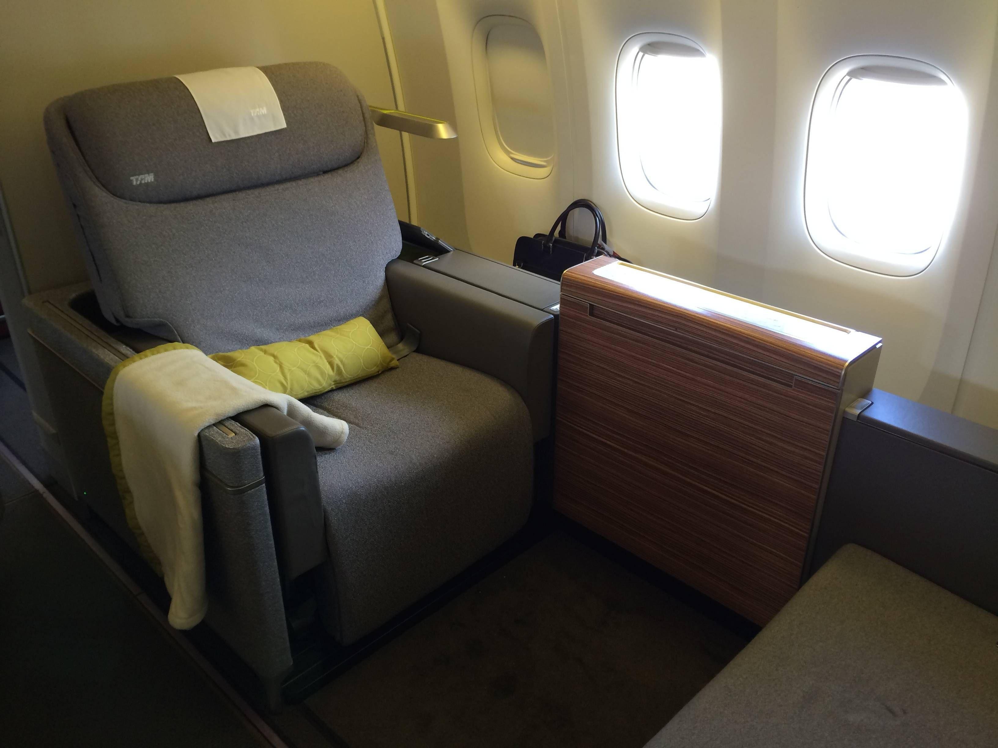 tam primeira classe b777 first class passageirodeprimeira