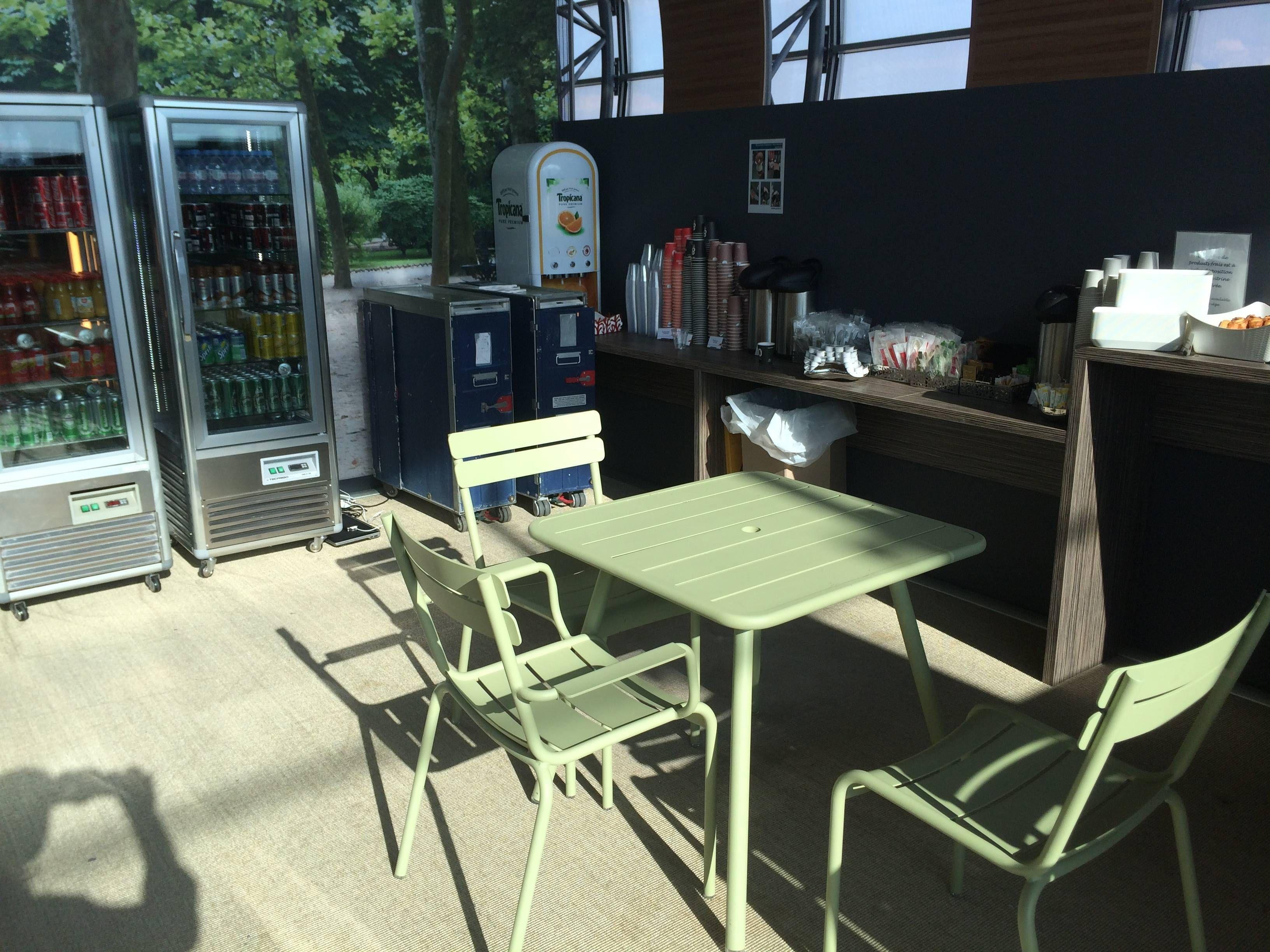 air france pop up lounge