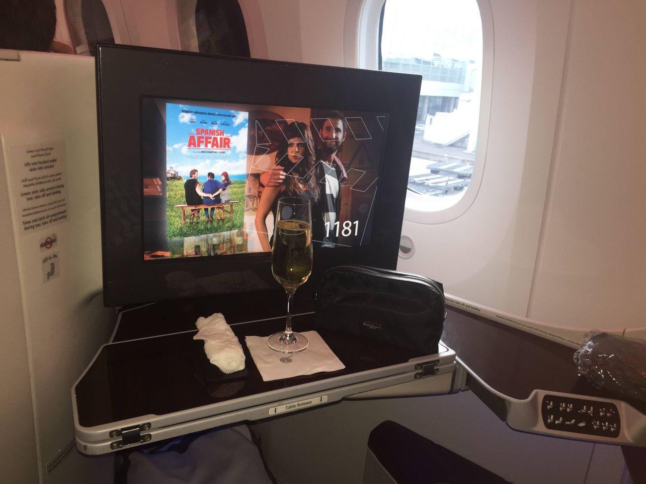 qatar airways b787 business class executiva
