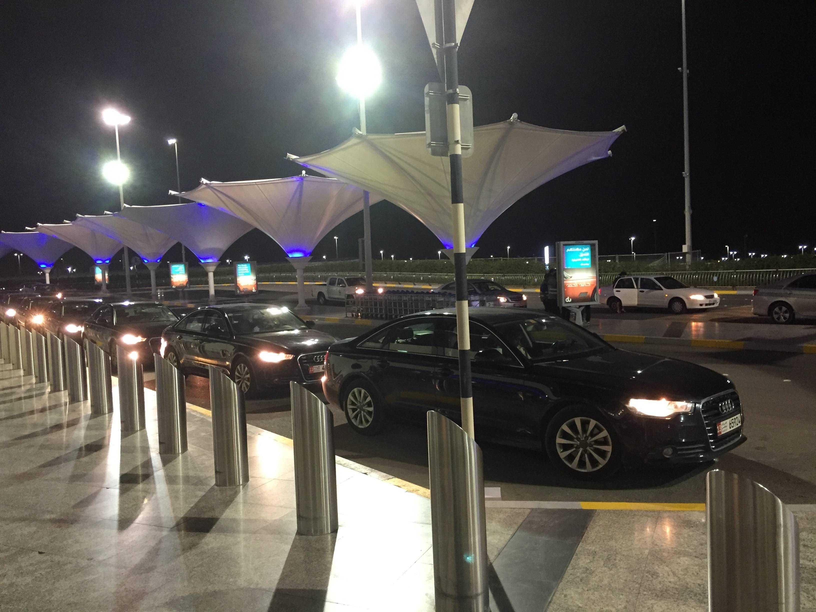 Etihad Premium Check-in Abu Dhabi Passageirodeprimeira3