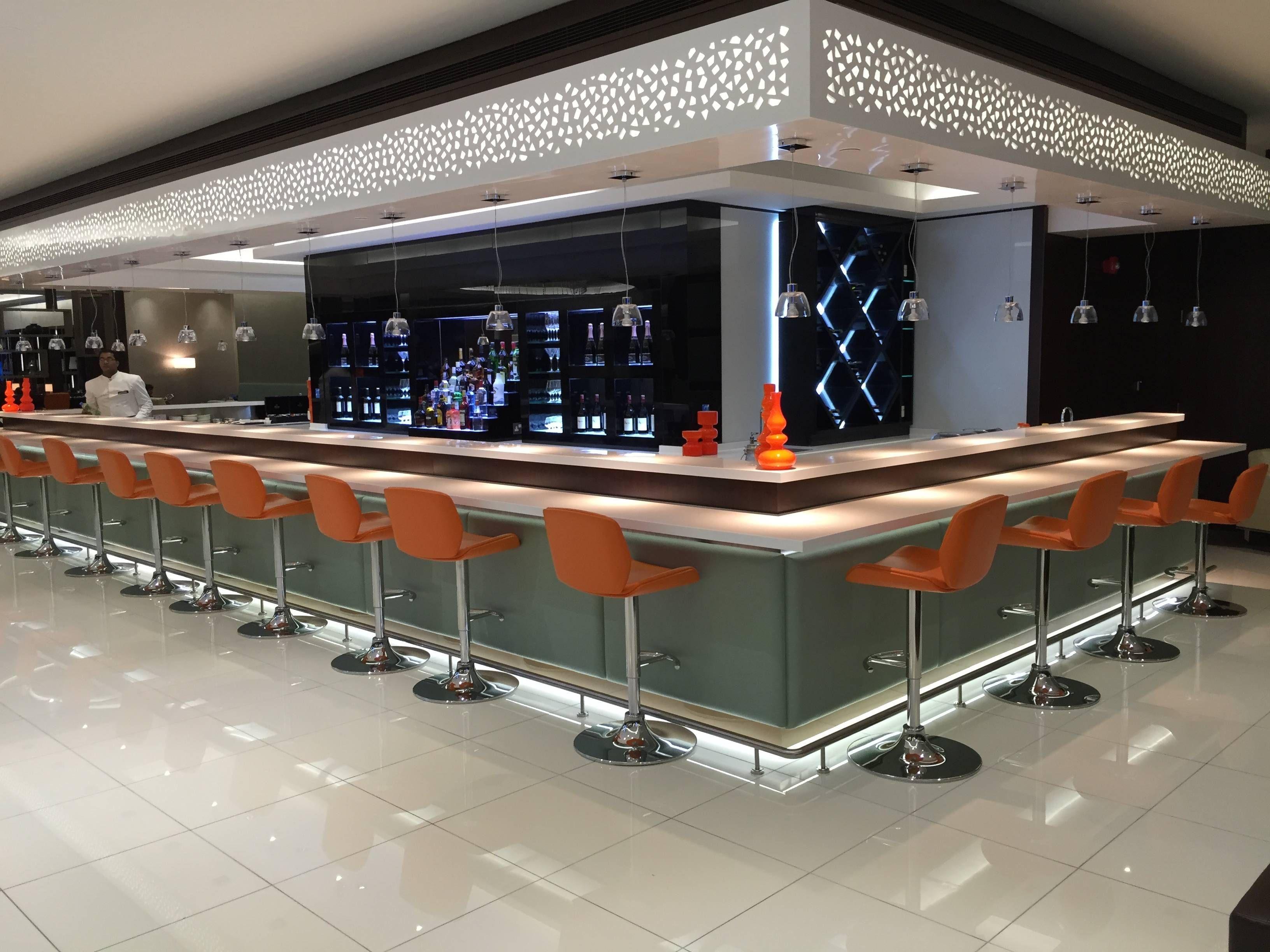 Etihad Premium Lounge Abu Dhabi - Passageiro de Primeira35