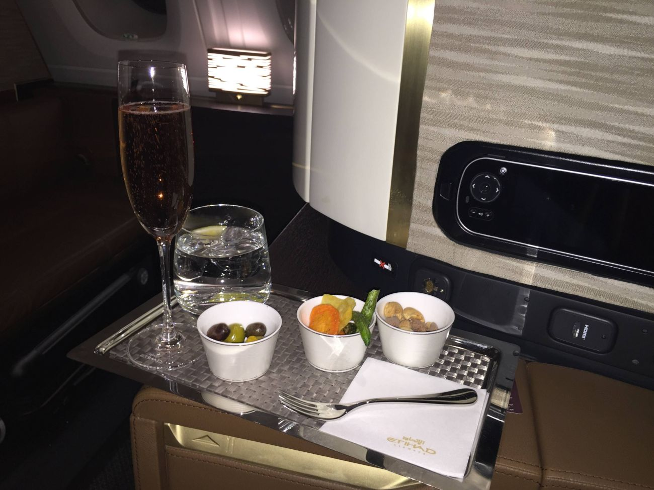 First Class Apartment A380 Etihad - PassageirodePrimeira41