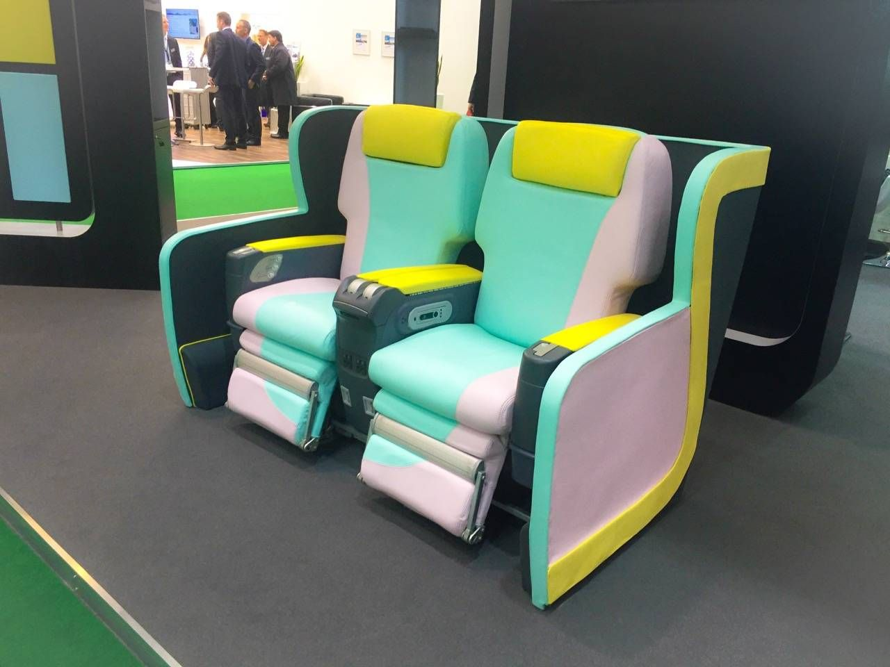 Aircraft Interiors Expo 2015-048
