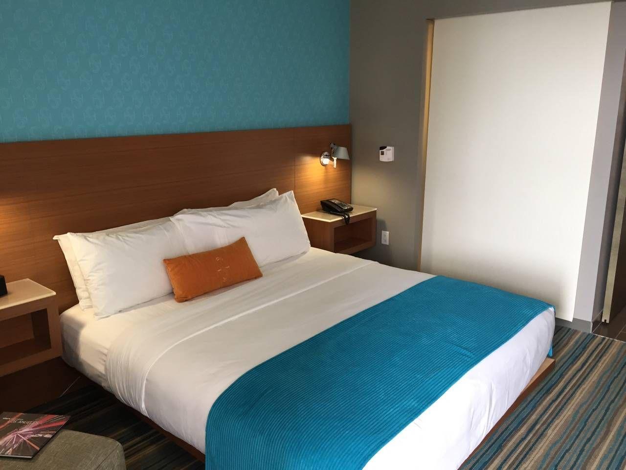 Shore Hotel Santa Monica-08