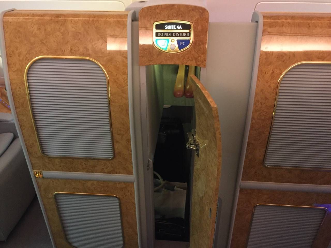 Emirates First Class A380 DXB-DFW-021