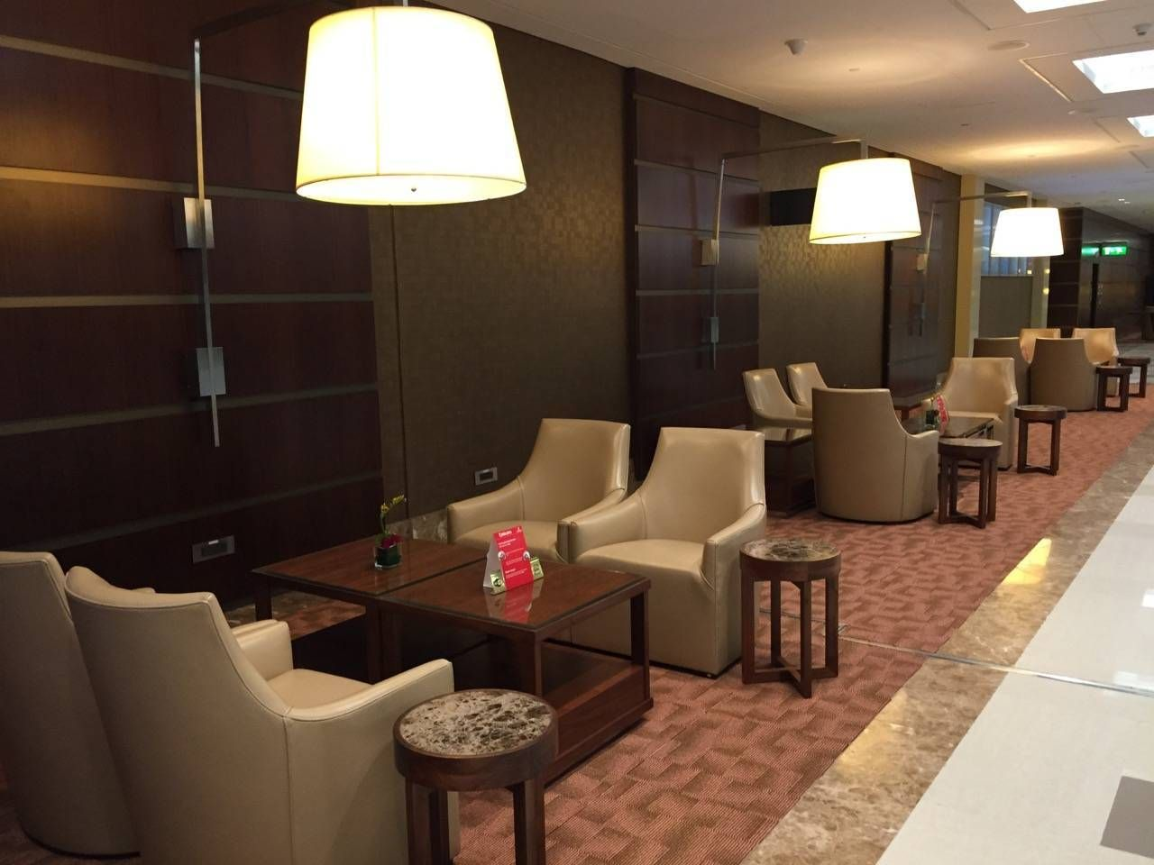 Emirates First Class Lounge Dubai -036