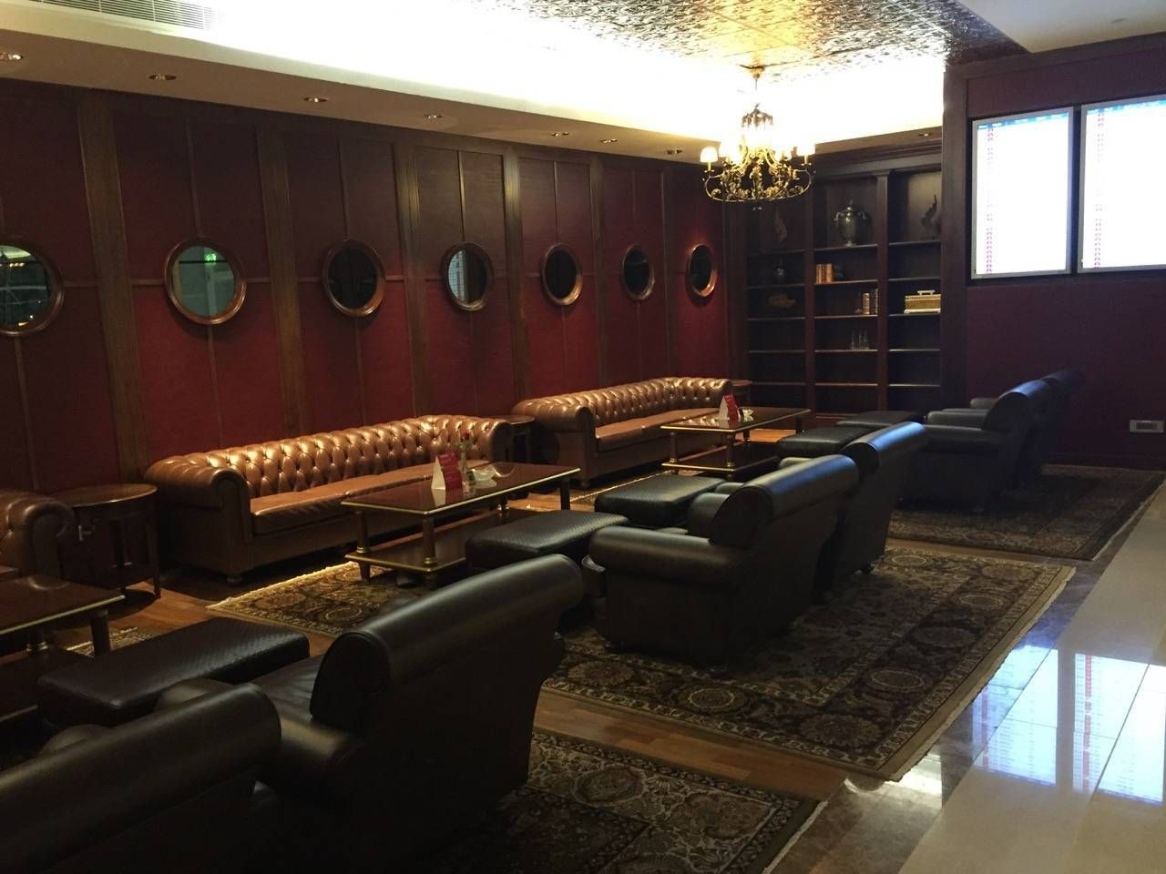 Emirates First Class Lounge Dubai -075