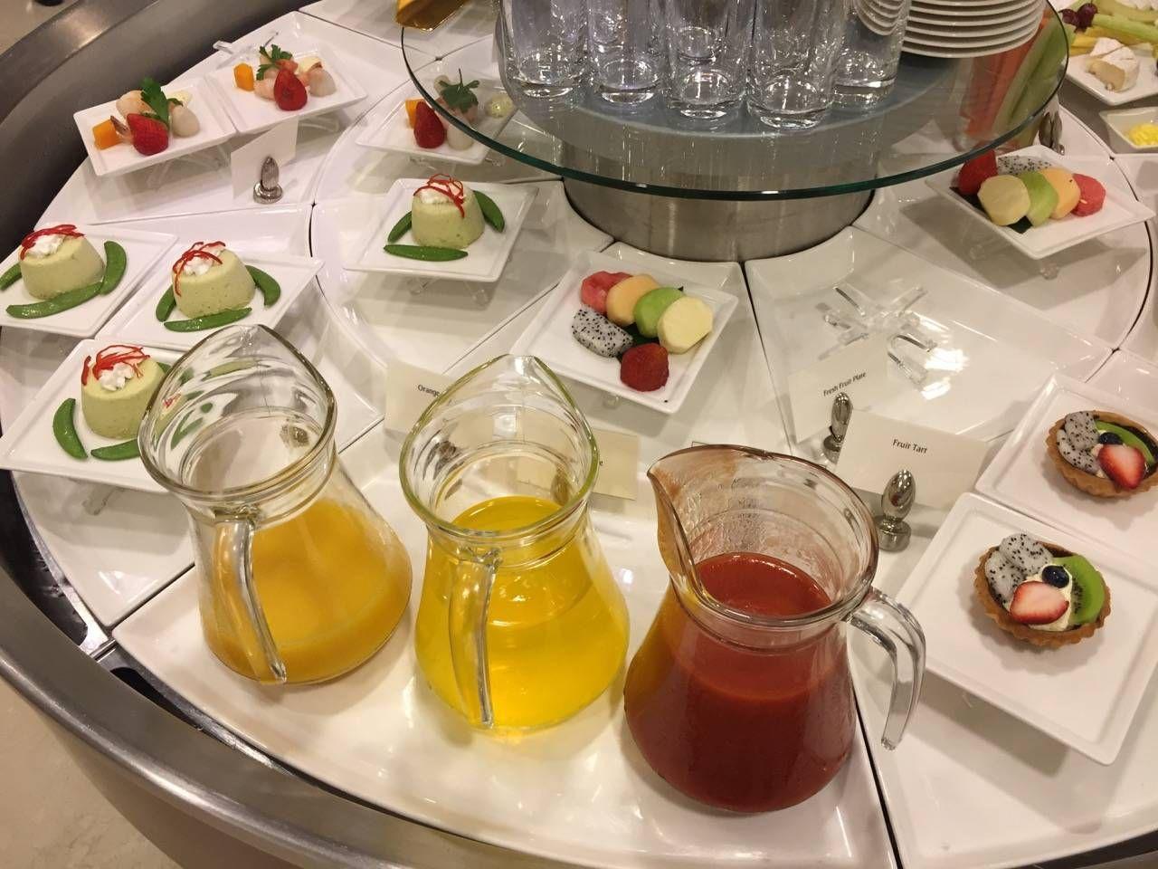 Emirates Lounge Shanghai-011
