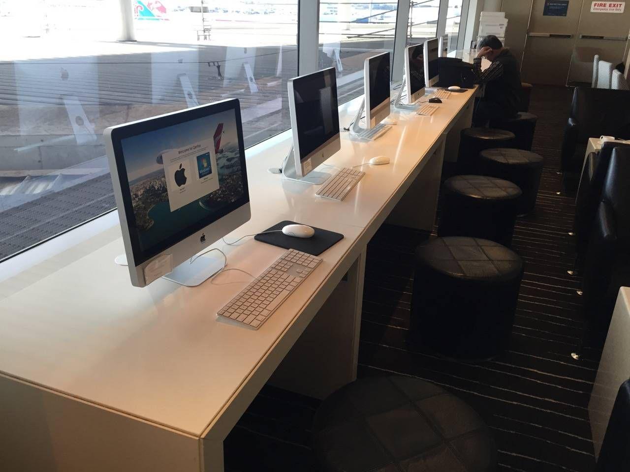 Qantas Business Lounge Sydney -011