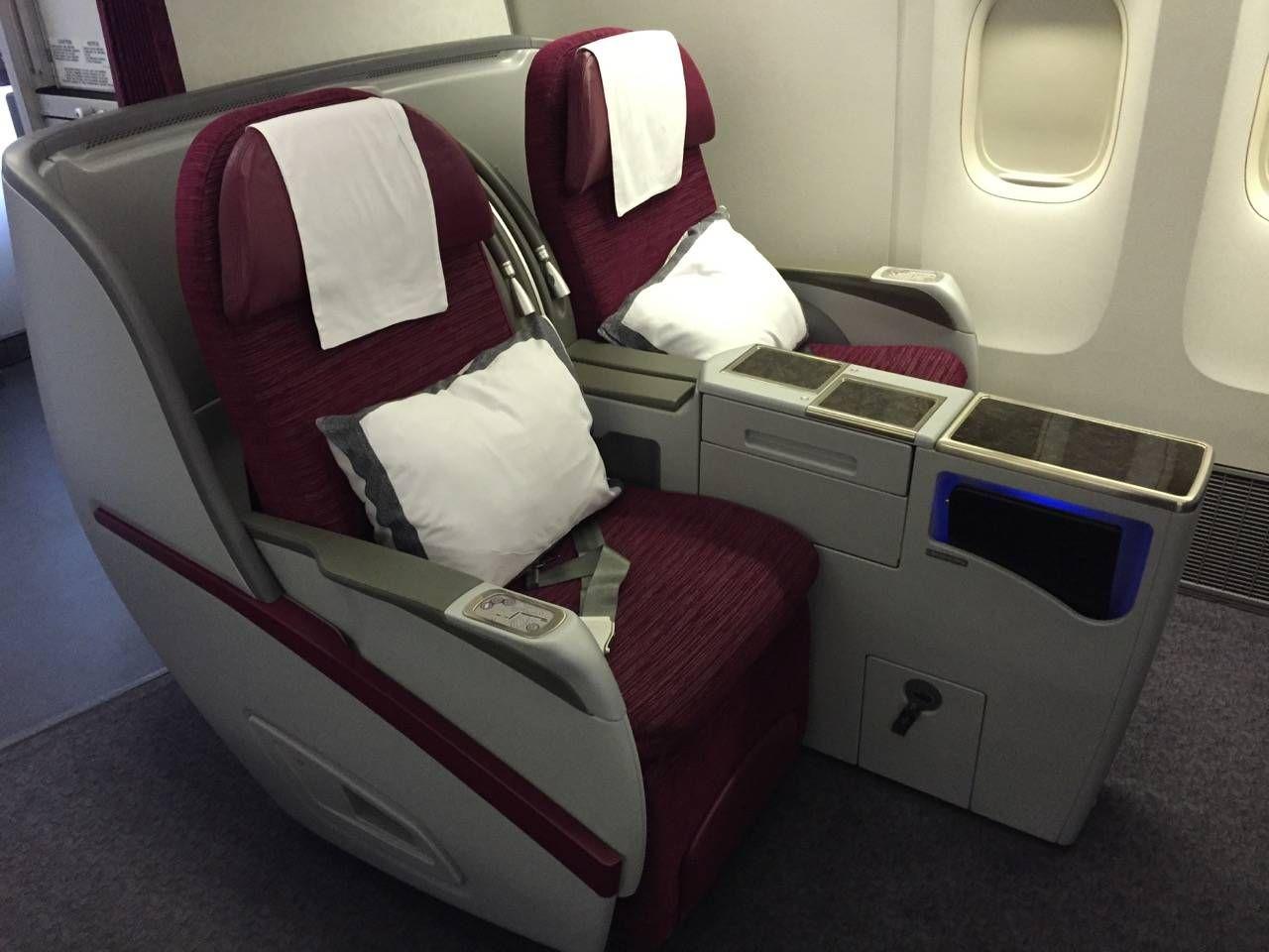 Qatar Business B777-300ER -017
