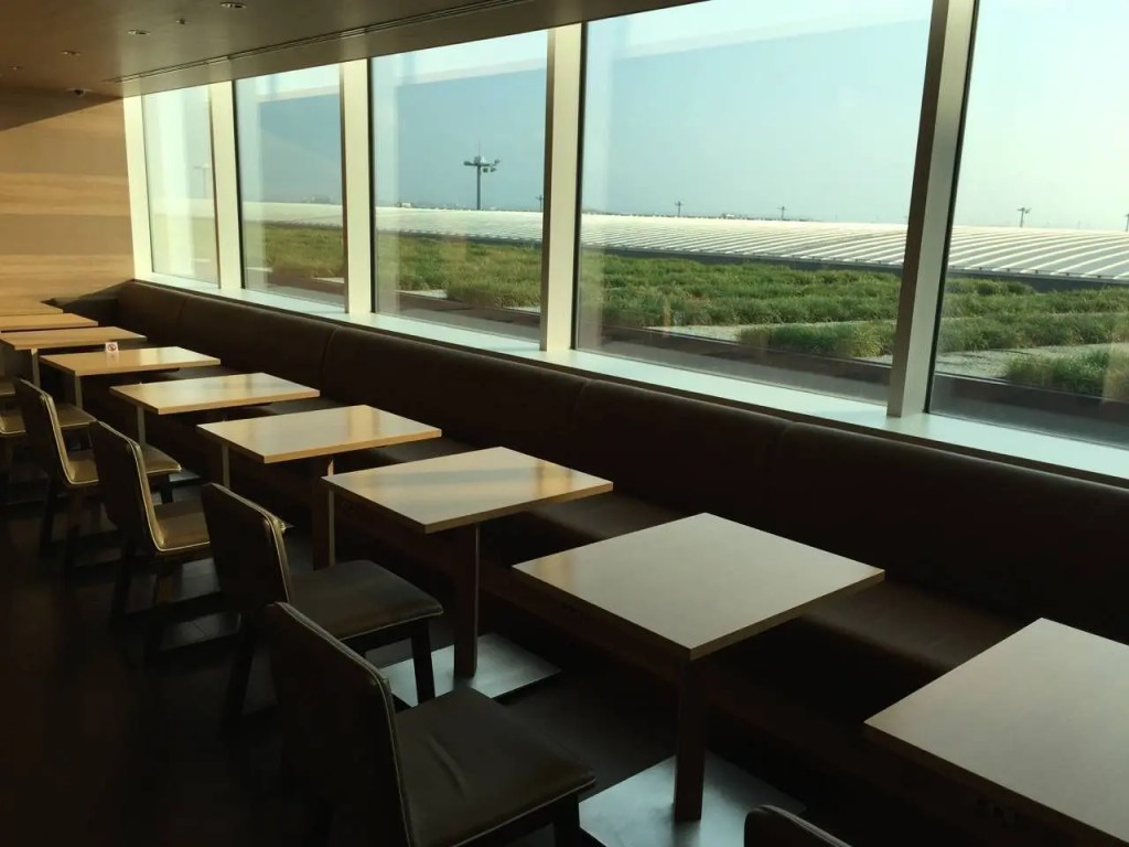 Sakura Lounge Haneda-028