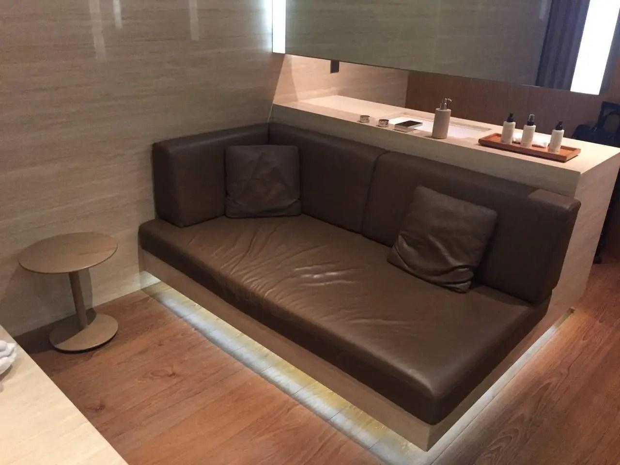 The Wing VIP Lounge Hong Kong -025