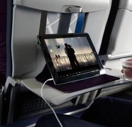 United Airlines impulsiona entretenimento a bordo com mais conteúdo em mais aeronaves