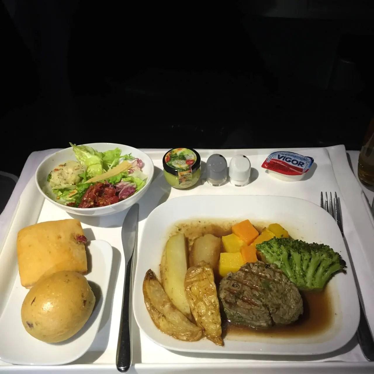 Lufthansa Business Class B747-8-031