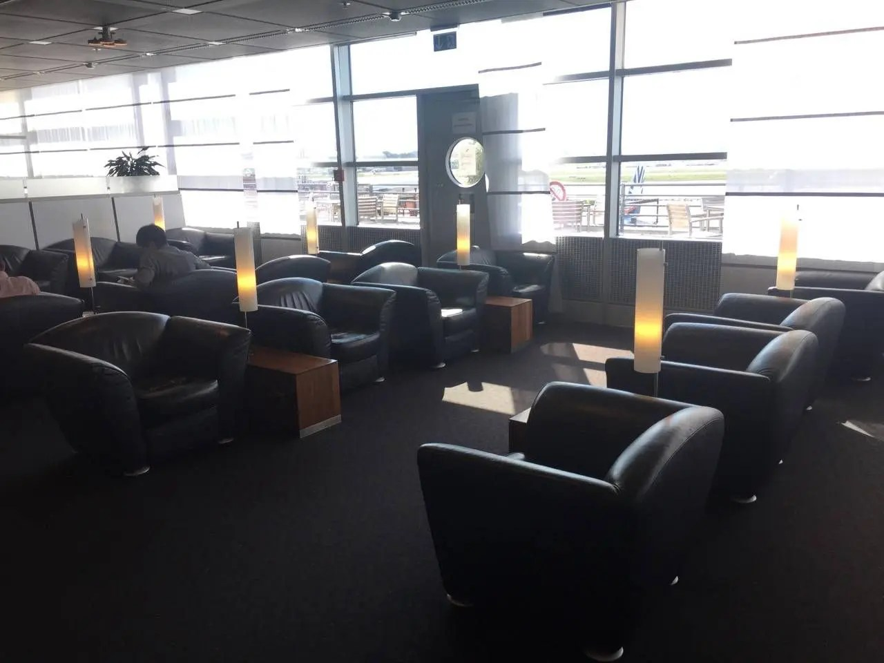 Lufthansa Senator Lounge Hamburg-021