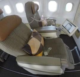 Classe Executiva da Etihad Airways no A320 – Bahrain para Abu Dhabi