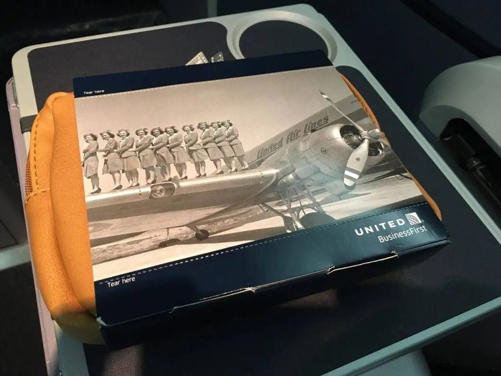 united-b767-400er-businessfirst-019