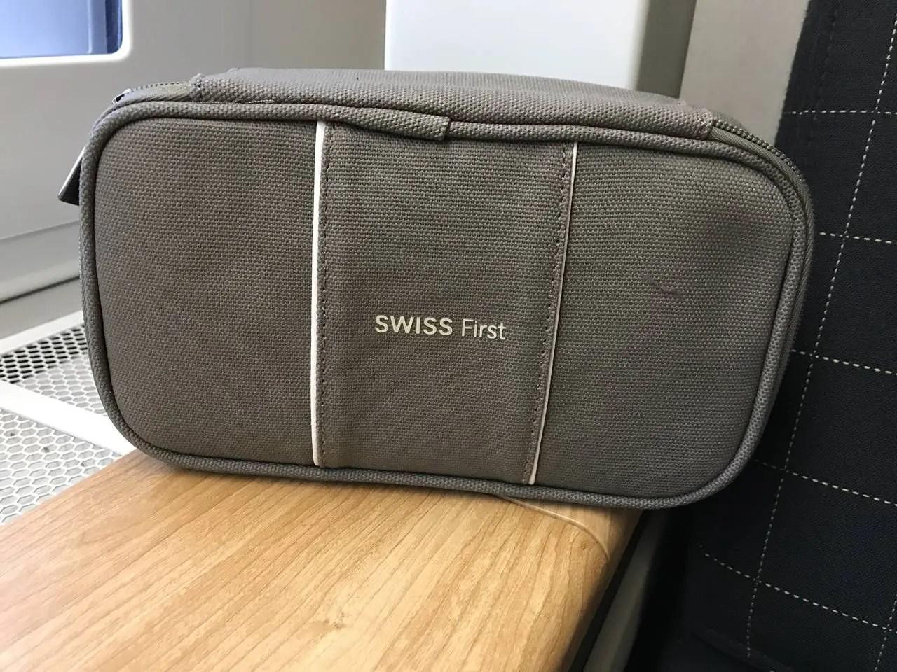 swiss-first-class-b77w-048