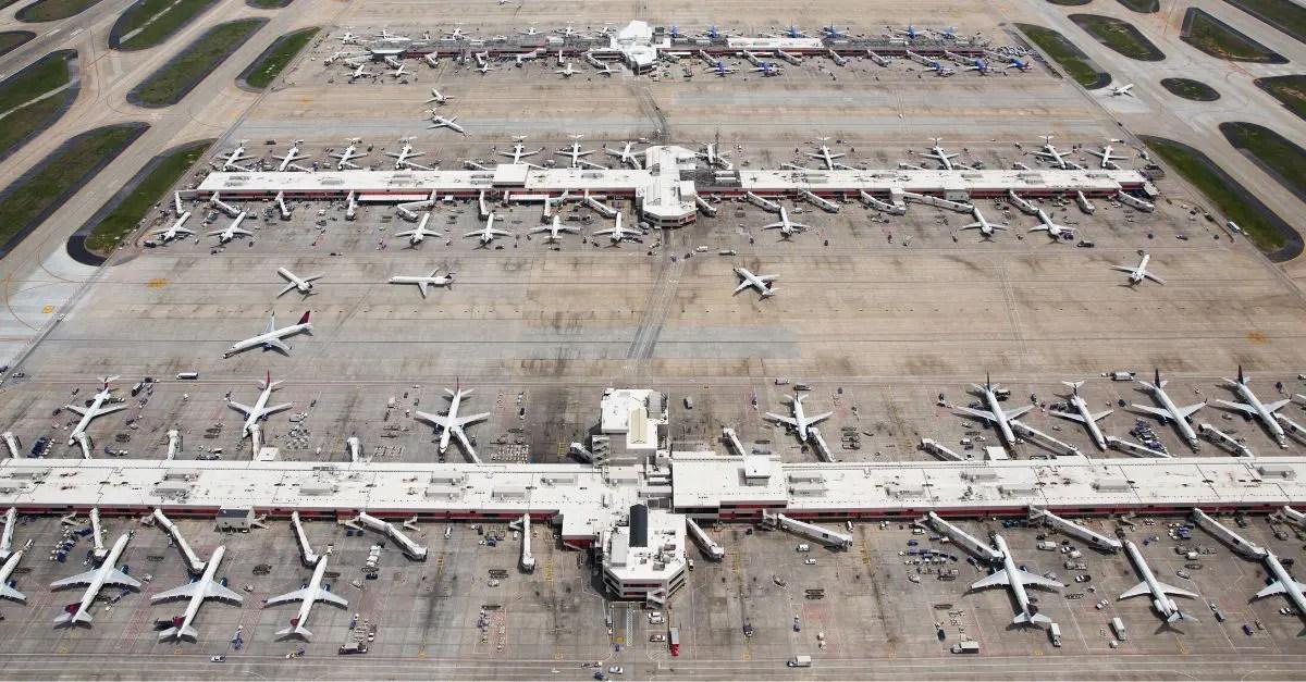 Vista Aérea do Aeroporto de Atlanta