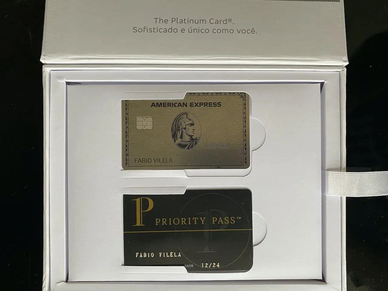 The Platinum Card American Express metal Bradesco