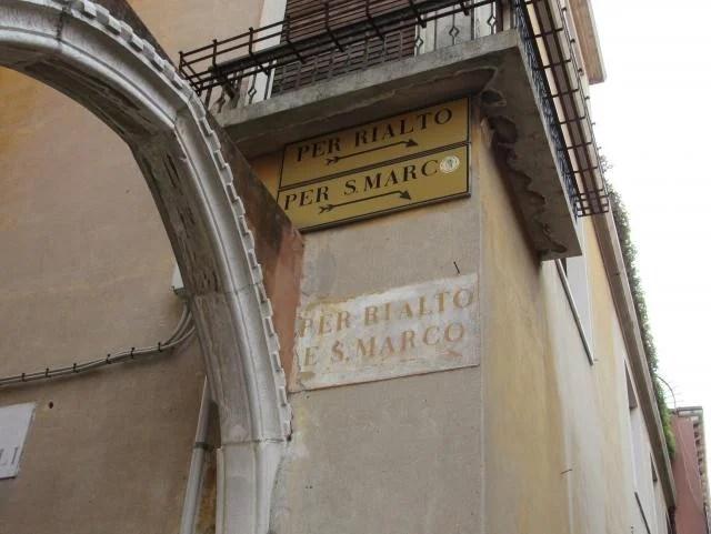 Sinalização em Veneza