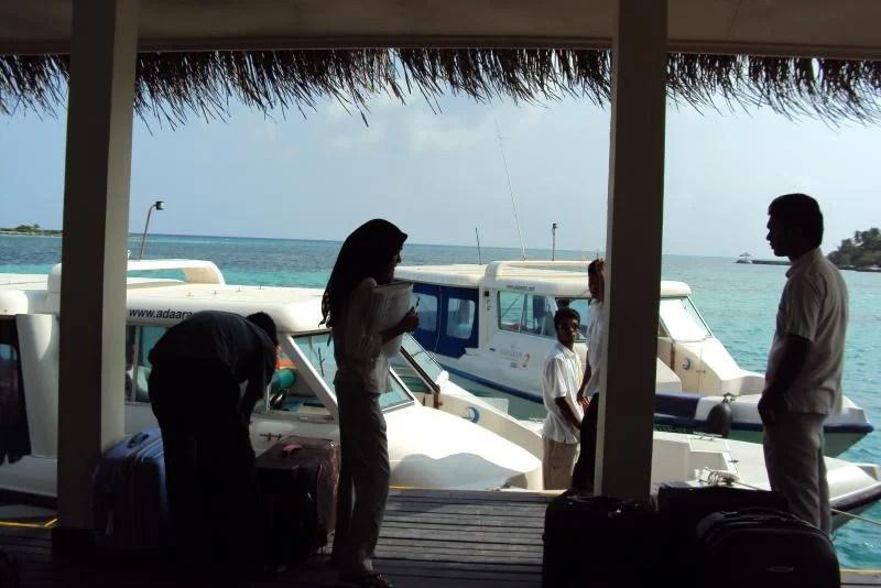 pessoas-nas-maldivas