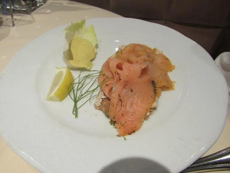Salmão - comida num cruzeiro
