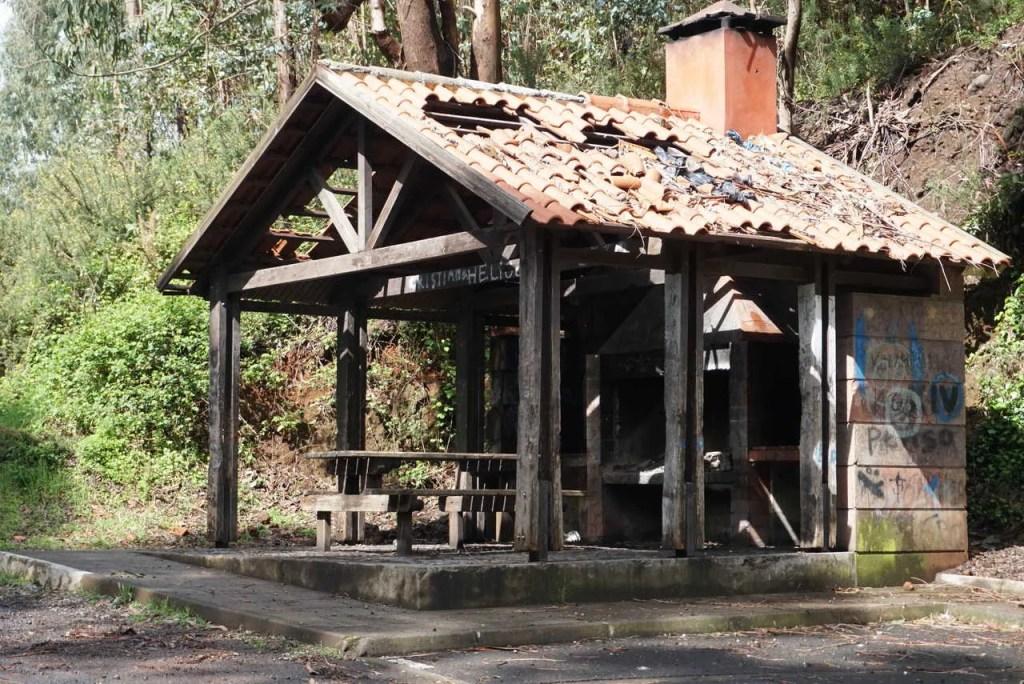 Parque de merendas na Boca dos Namorados.