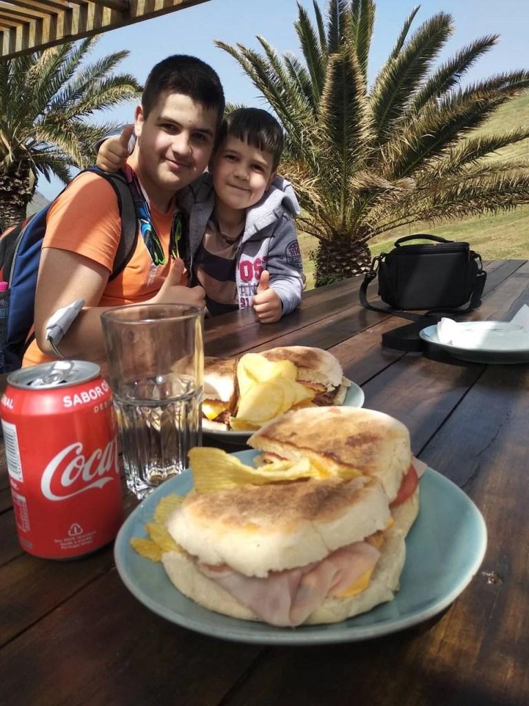 Almoço na Casa do Sardinha (Ponta de São Lourenço).