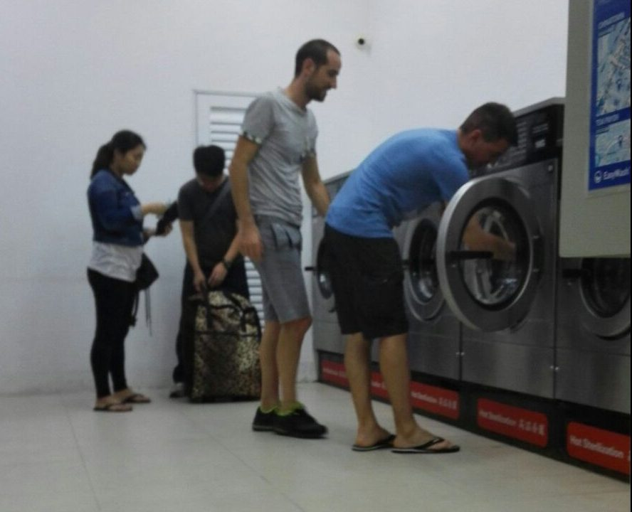 gente che lava