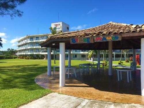Bar a beira da Praia do Hotel