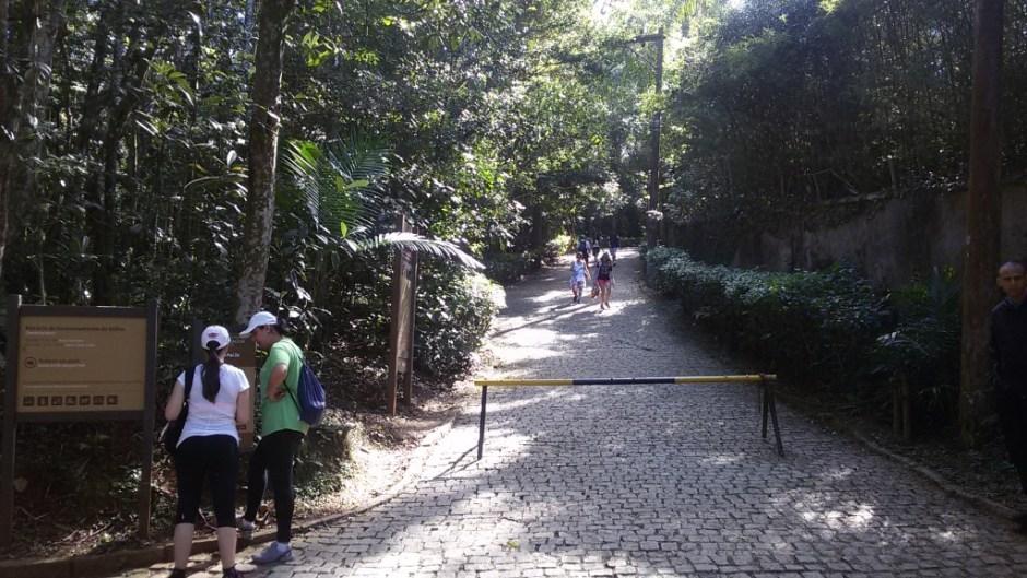 Início da trilha do Pai Zé. 3.600 metros ida e volta.