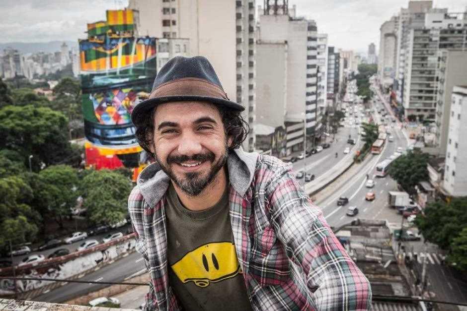 O artista Eduardo Kobra e sua última obra em São Paulo, o mural do Ayrton Senna