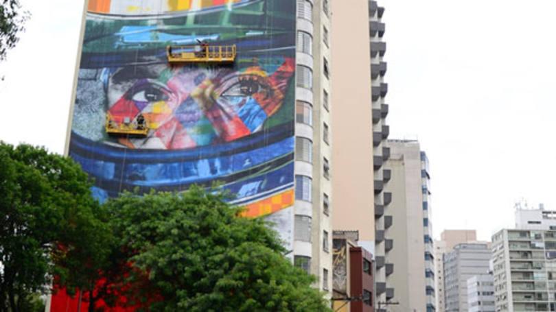 size_810_16_9_mural-em-homenagem-a-ayrton-senna-feito-em-sao-paulo-pelo-artista-kobra