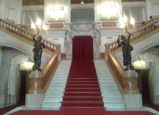 Escadaria do Teatro Municipal - Patricia Ribeiro