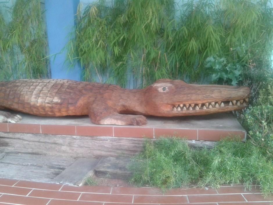 Escultura em frente o Salão das Curiosidades Foto Patrícia Ribeiro - Passeios Baratos em SP