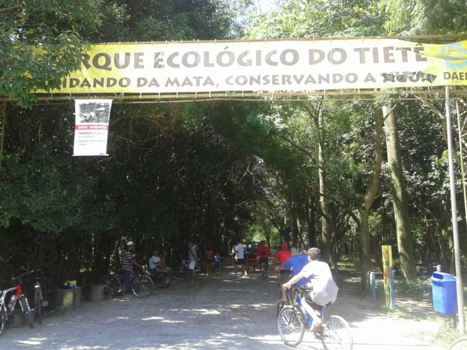 Área com trilhas e para pedalar do Parque Ecológico Tietê Foto: Patrícia Ribeiro/Passeios Baratos em SP