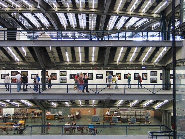 Arquitetura arrojada no Centro Cultural SP Foto: João Musselin