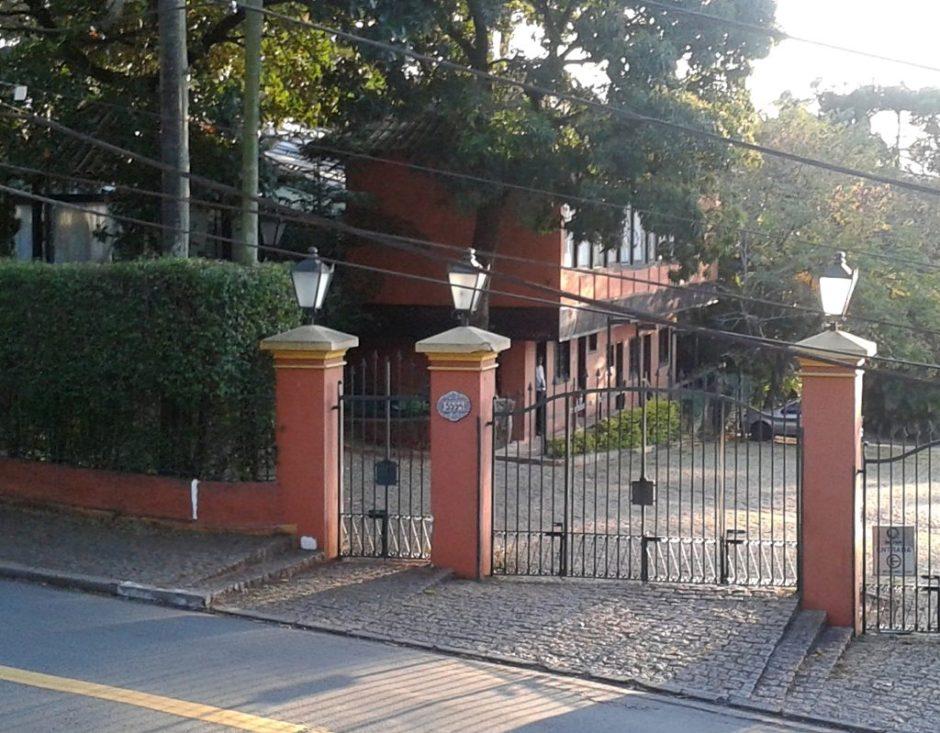 Casa_da_Fazenda_do_Morumbi_01