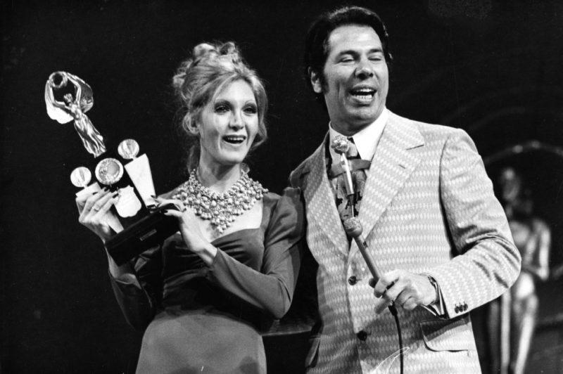 Wanderleia e Silvio Santos no Troféu Imprensa TV Globo 1973 Acervo SBT