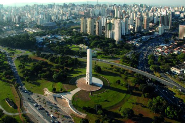 Obelisco - Andre Stefano
