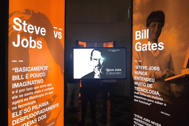 """Os embates de Steve Jobs com IBM e Bill Gates, entre outros, são destaques da exposição """"Steve Jobs, O Visionário"""", entre os dias 15 de junho e 20 de agosto, no MIS, em São Paulo Crédito: Divulgação FullBrand"""